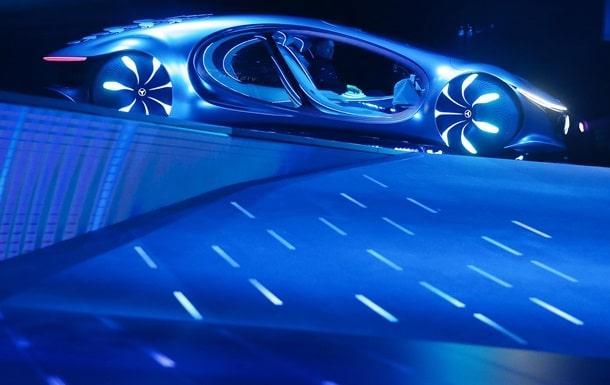 Mercedes AVTR фото