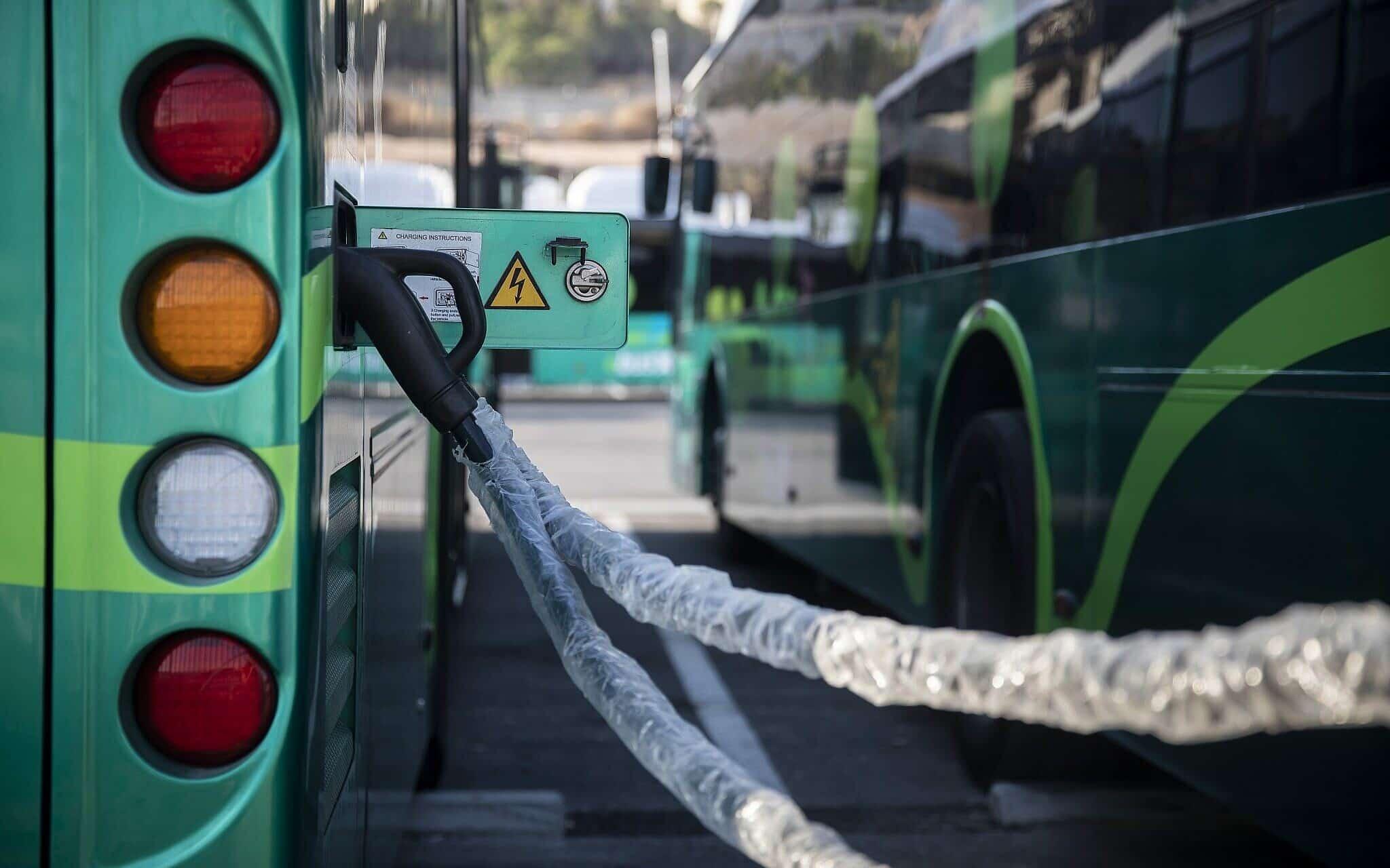 Новые электроавтобусы в Иерусалиме фото