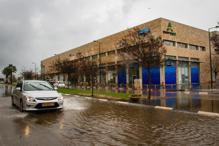 наводнение в израиле фото