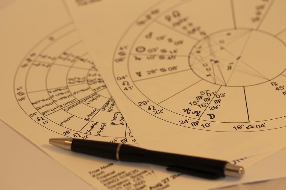 Астролог назвала самые опасные дни февраля