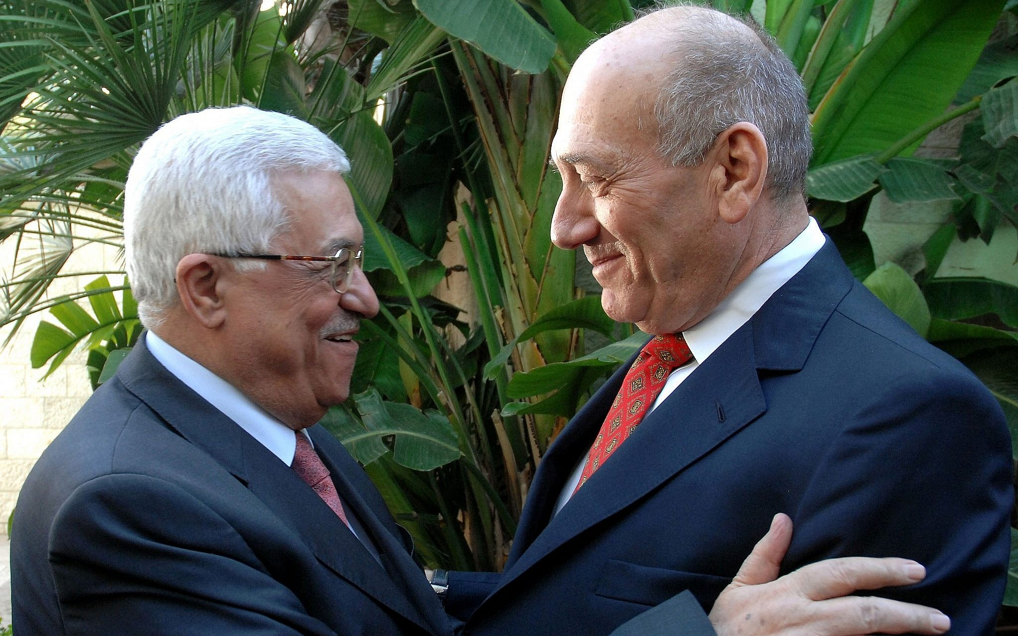 Махмуд Аббас и Эхуд Ольмерт фото