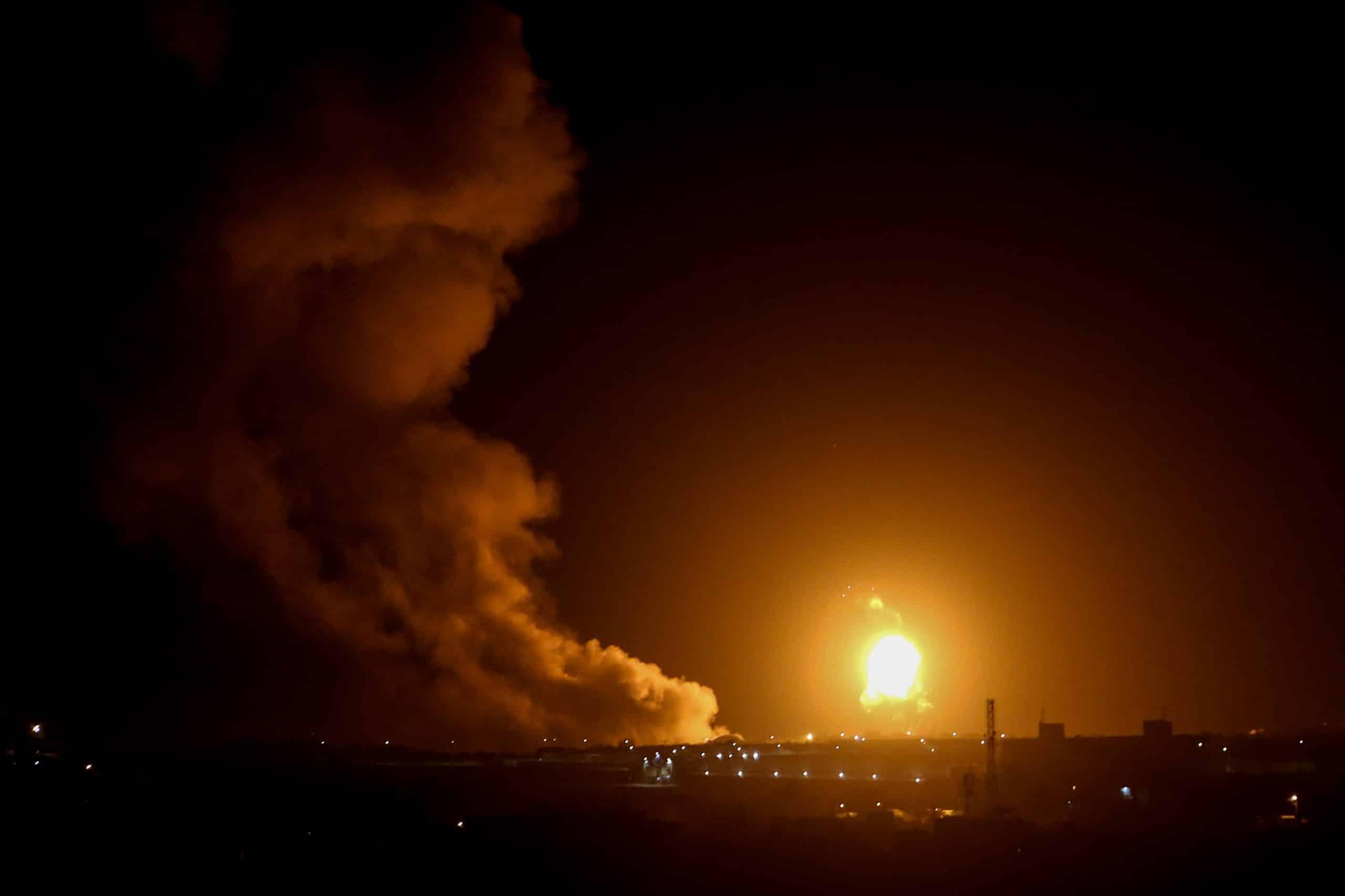 Авиаудары ЦАХАЛа по сектору Газа фото