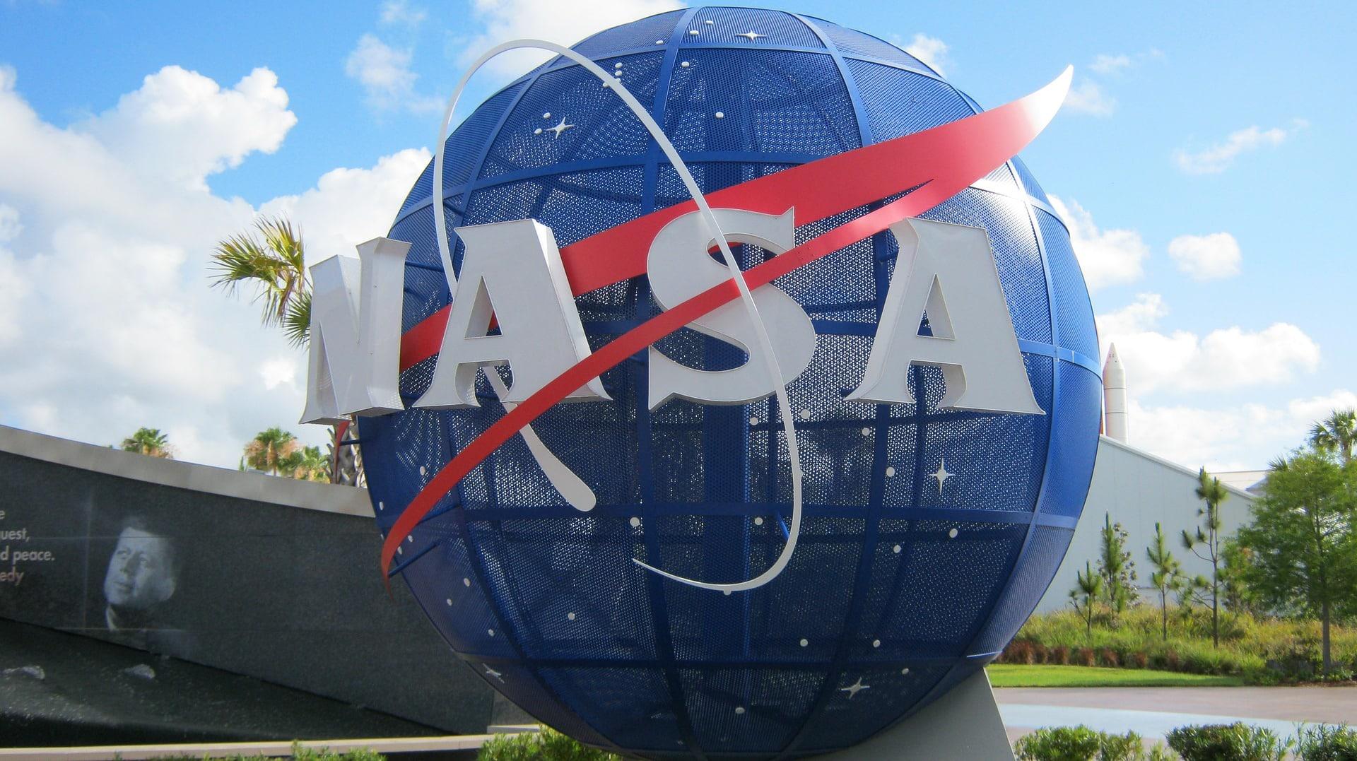 НАСА заключило контракт на доставку образцов горных пород с Марса