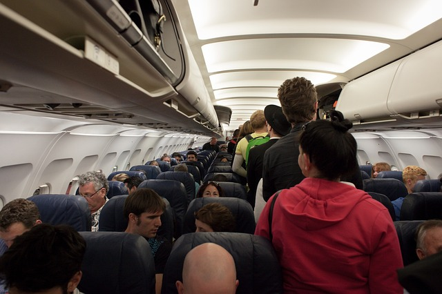 plane 691084 640