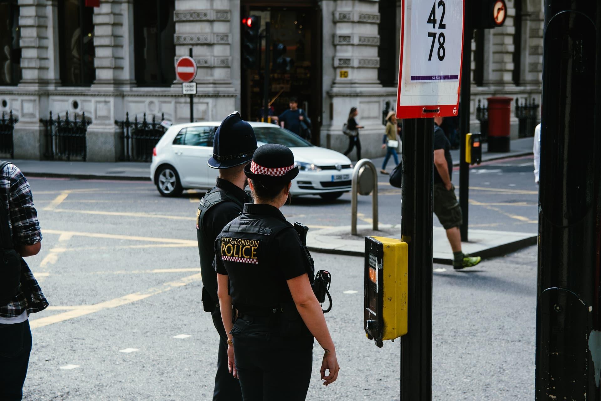 police 4481406 1920