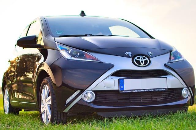 Авто Toyota изображение