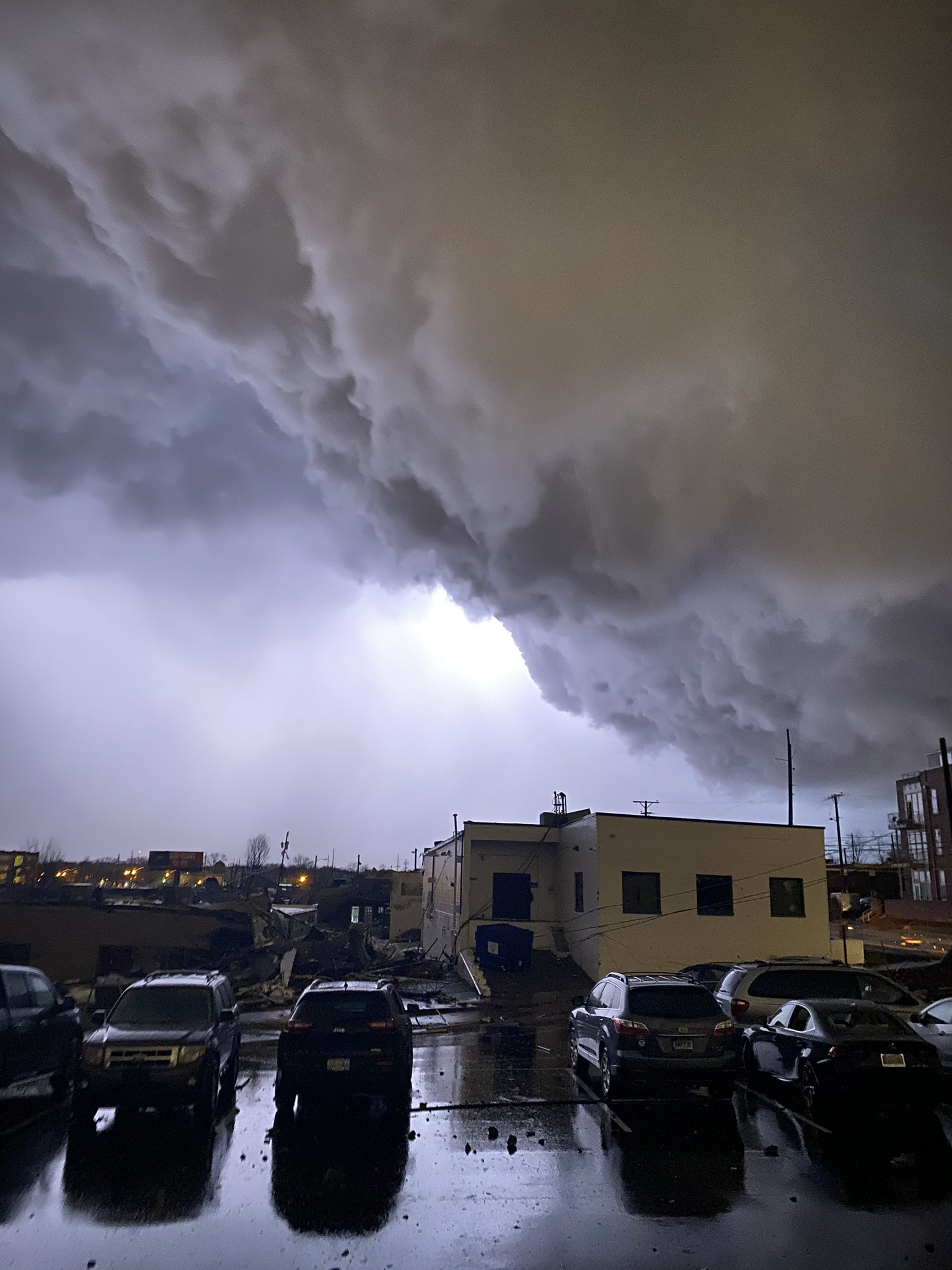 Торнадо в США фото