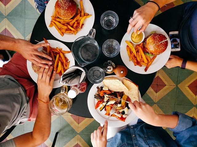тарелки еды фото