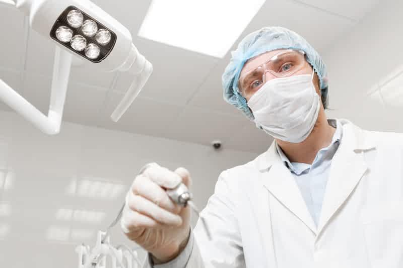 Эпидемиолог против коронавируса фото