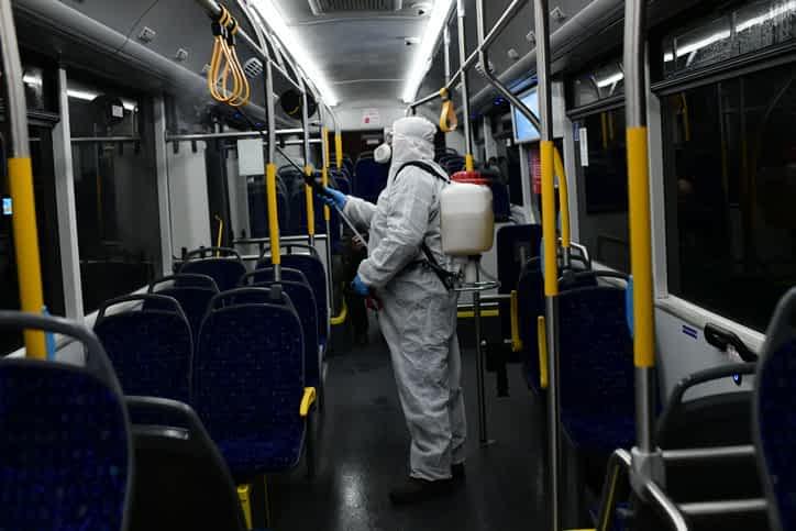 обработка автобуса во время эпидемии фото