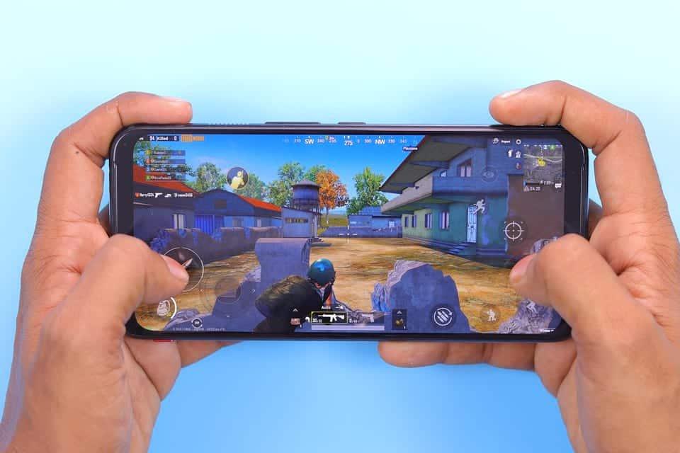 Мобильная игра фото