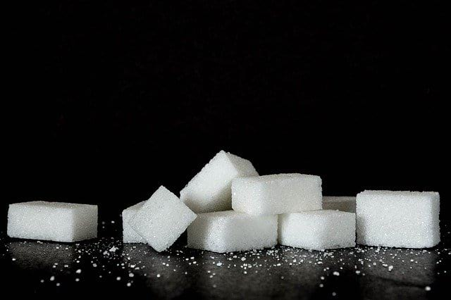 кусочки сахара фото