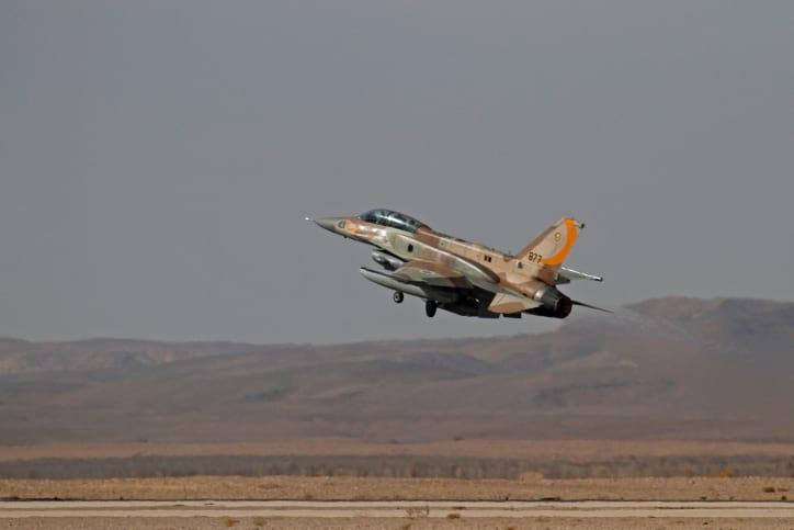 Самолет израильских ВВС фото