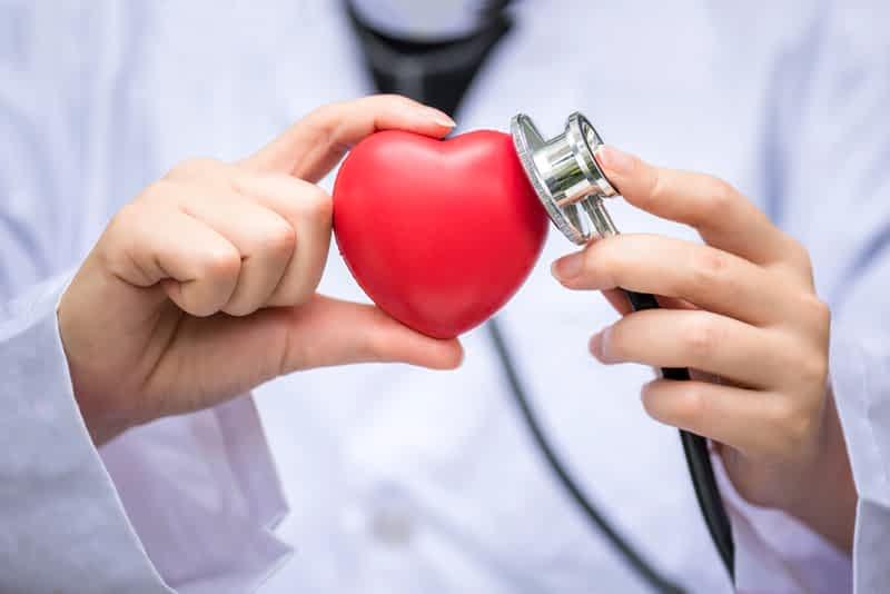 врач сердце фото