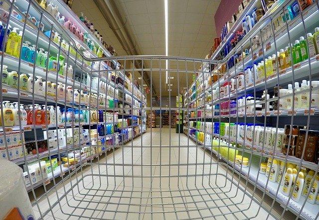 супермаркет товары полки фото
