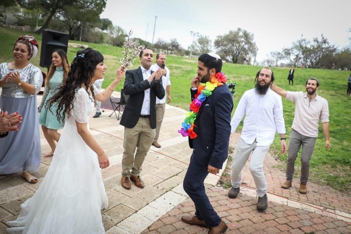 Свадьба танцы гости картинка