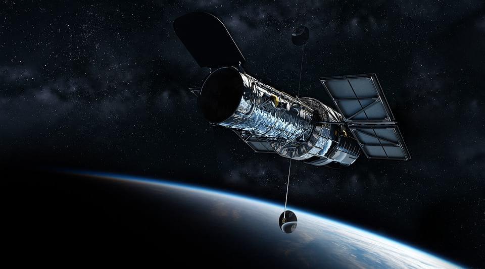 Телескоп Hubble фото