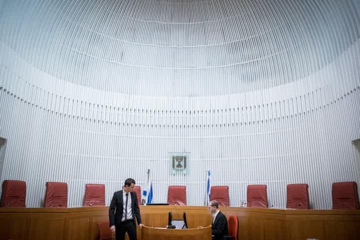 Верховный суд предложил компромисс в деле выселения семей в Шейх-Джарре