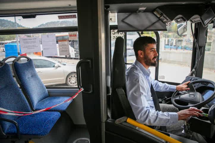 водитель автобуса израиль фото