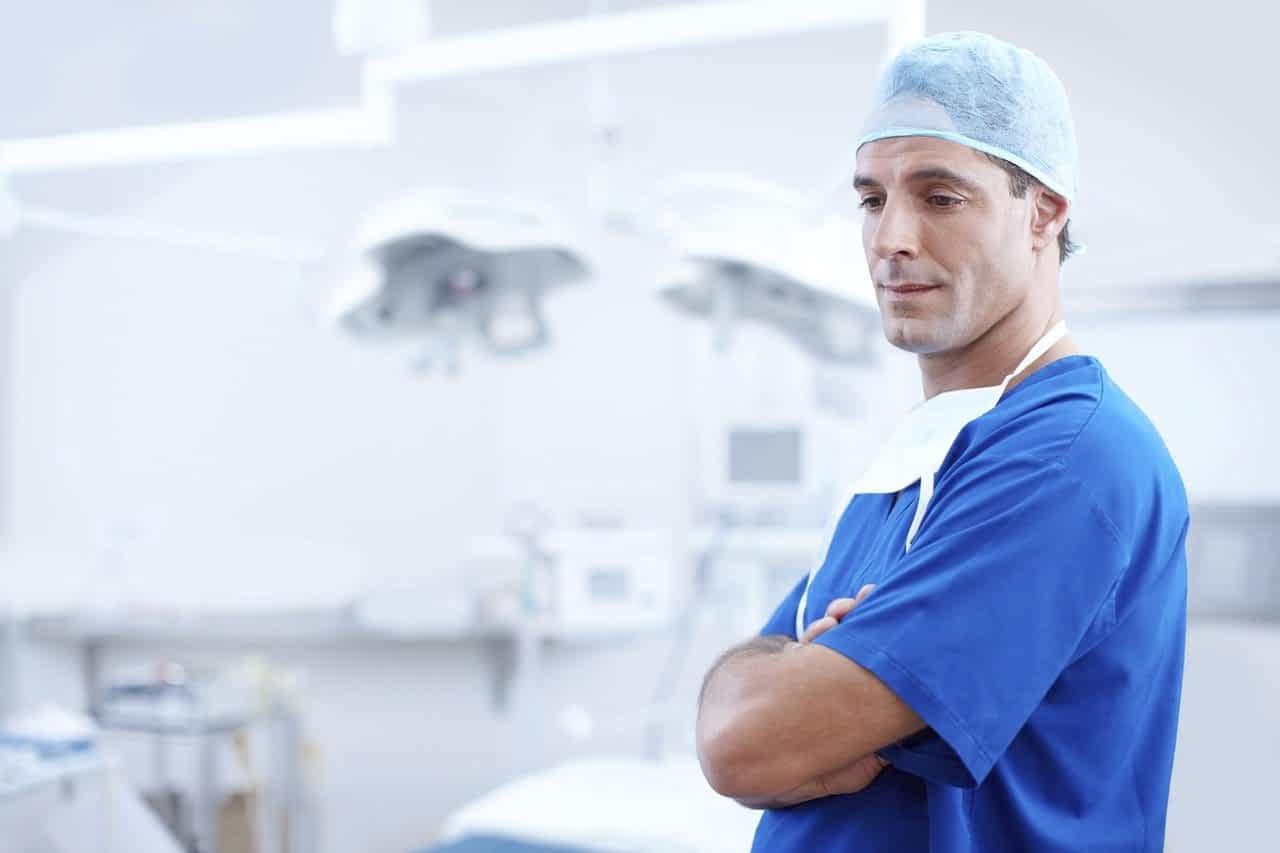 врач мужчина медик картинка