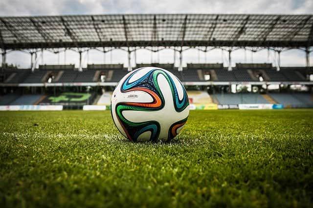 футбол мяч фото