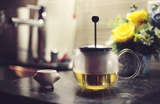 зеленый чай в чайничке фото
