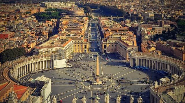 Ватикан вид сверху на центральную площадь фото