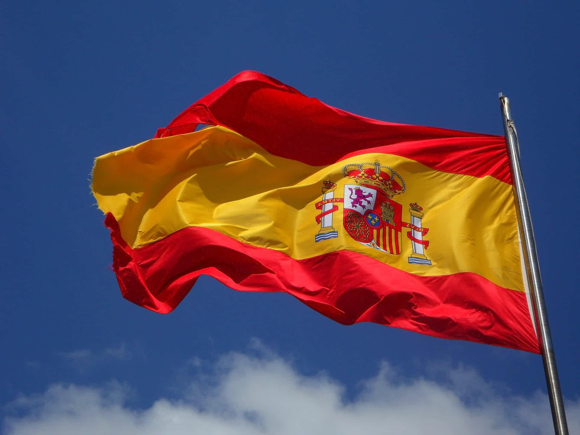 Испания готовится к приему туристов