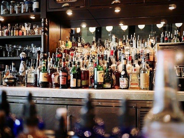 Алкогольные напитки бар фото