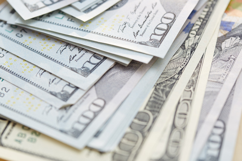 пачка долларов картинка