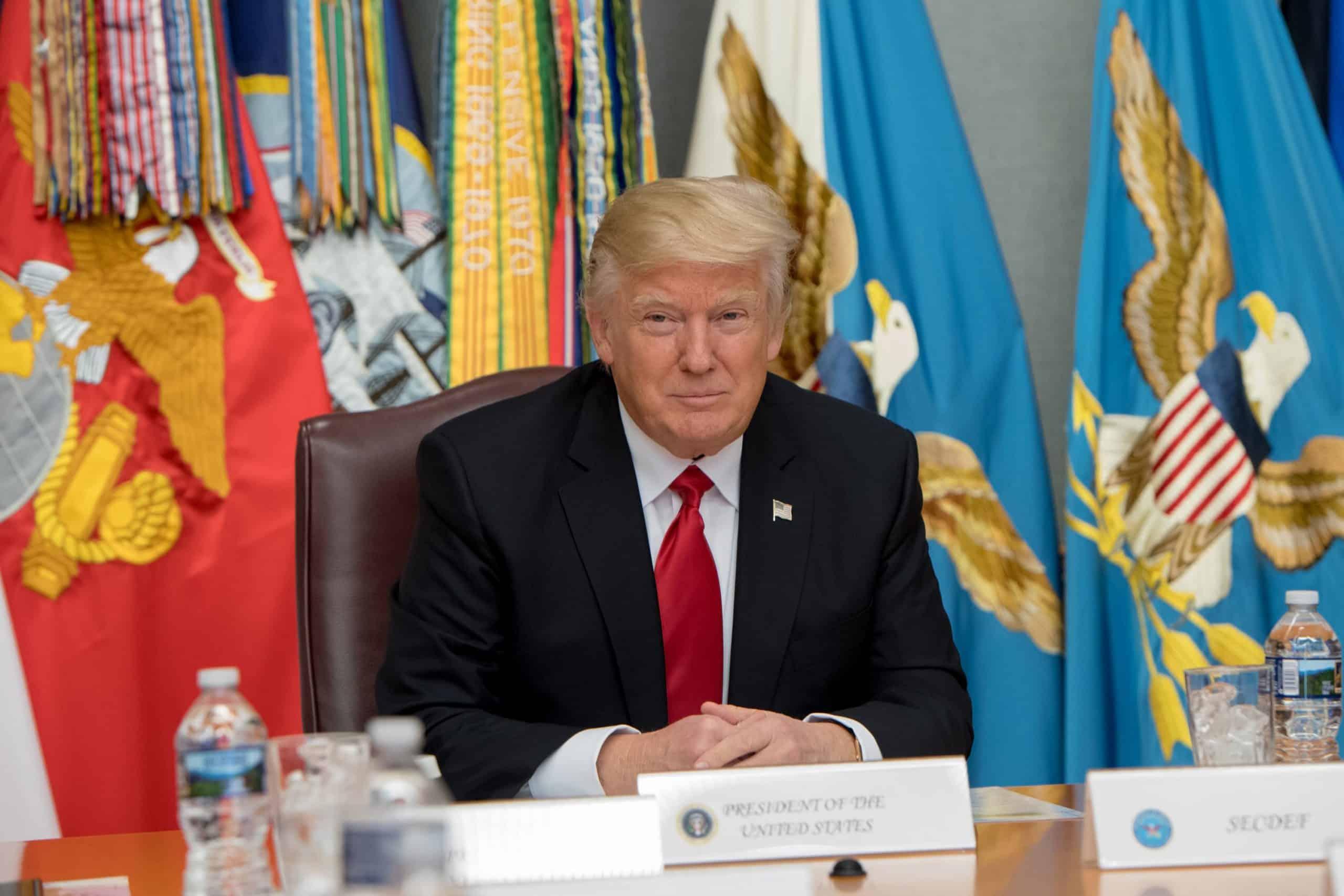 президент сша Дональд Трамп картинка