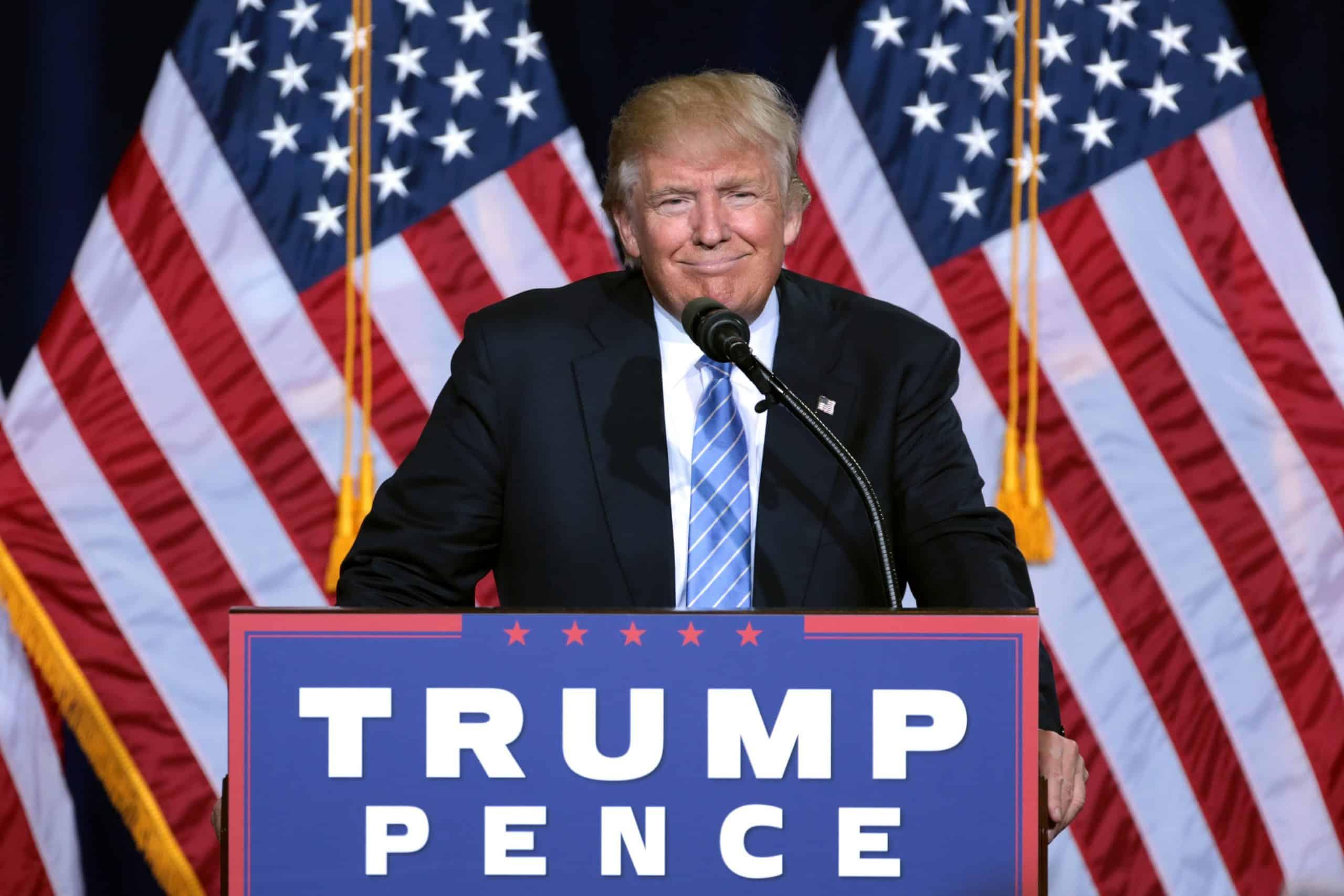 президент сша дональд трамп фото