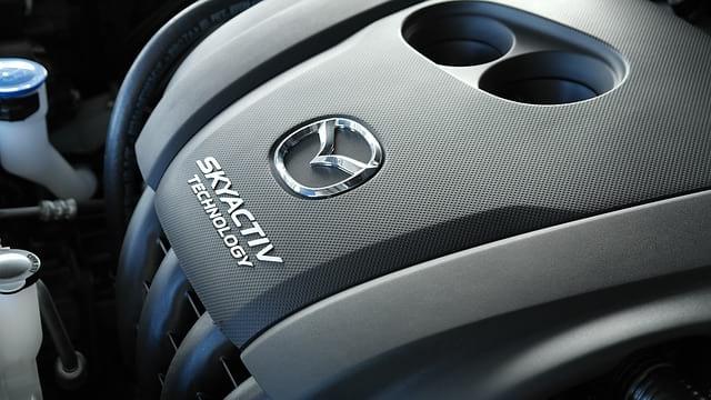 Двигатель Mazda фото