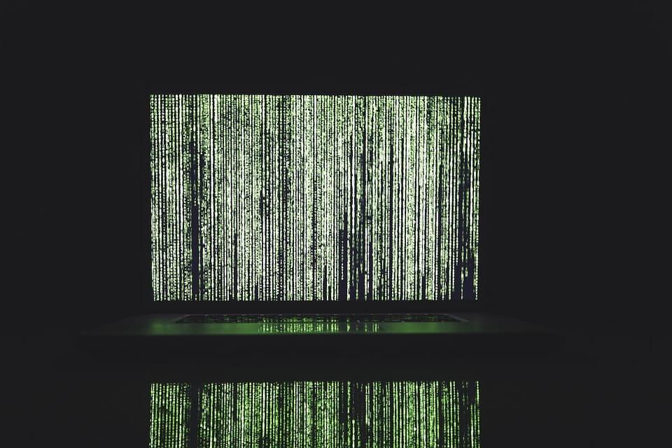 хакерская атака илюстрация