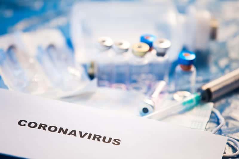 коронавирус тесты лаборатория фото