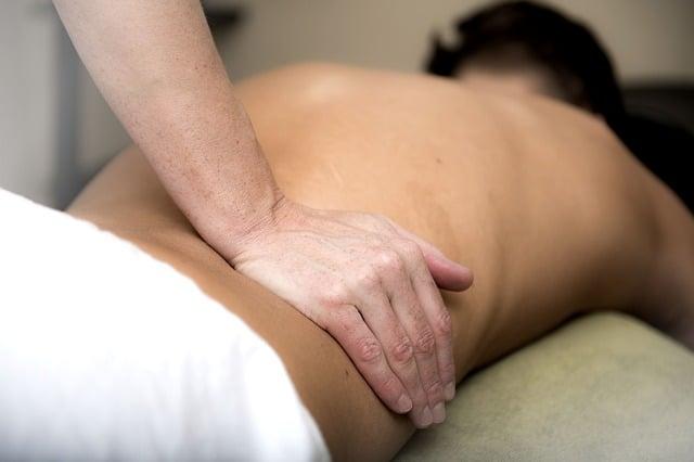 Специалисты назвали необычный симптом мужского рака