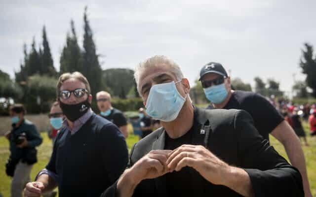YAir Lapid podderzhal protest biznesmenov