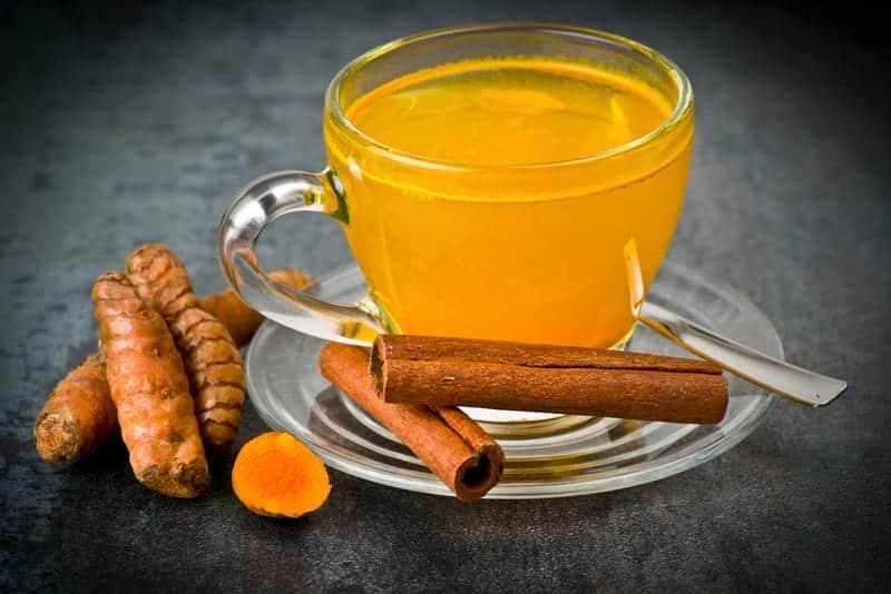 CHaj s kurkumoj 1