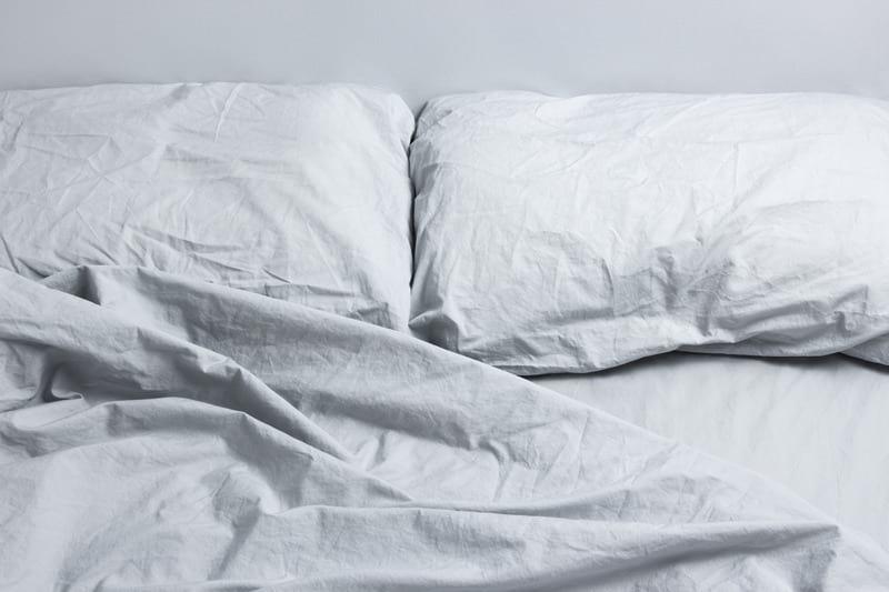 Canva Gray bed linen 1