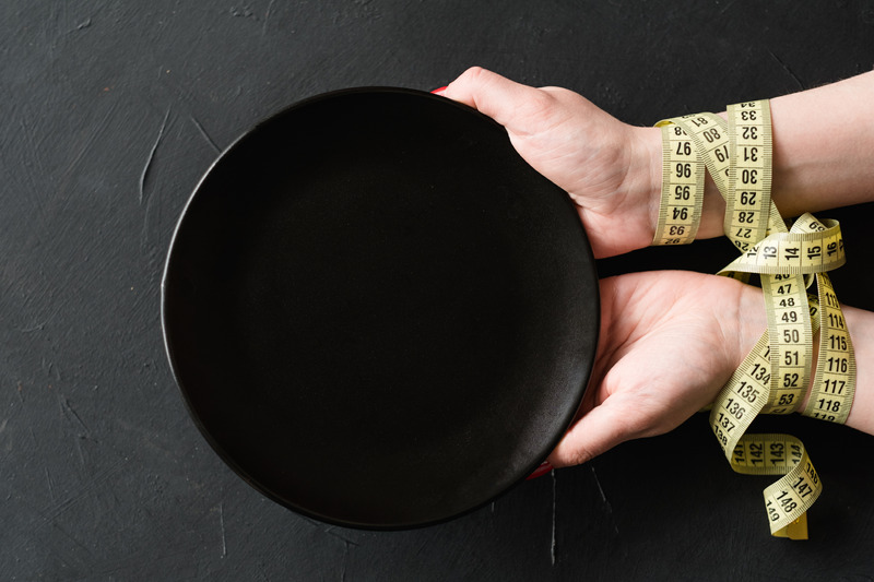 пустая тарелка фото