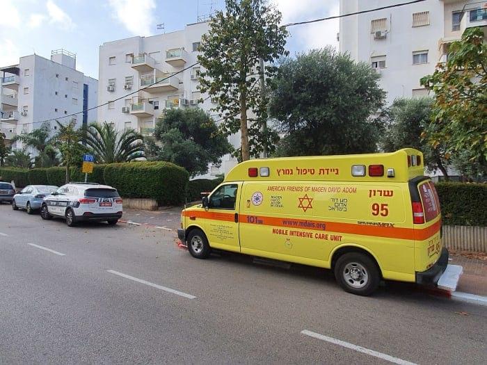 Mediki pribyli na mesto proisshhestviya v Hadere