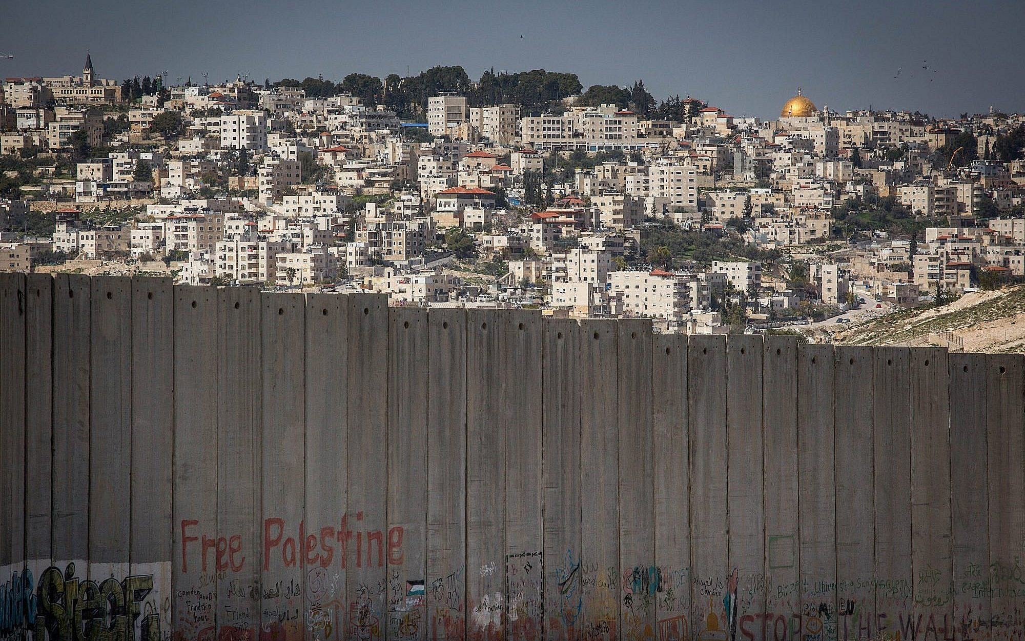 Panorama goroda Abu Dis na okraine Ierusalima
