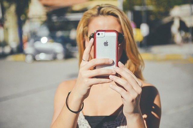 Smartfon 4