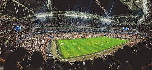 спортивный стадион фото