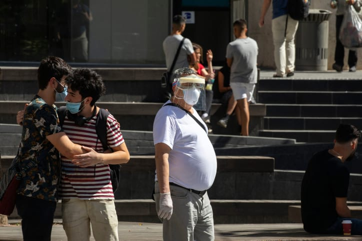 люди коронавирус фото