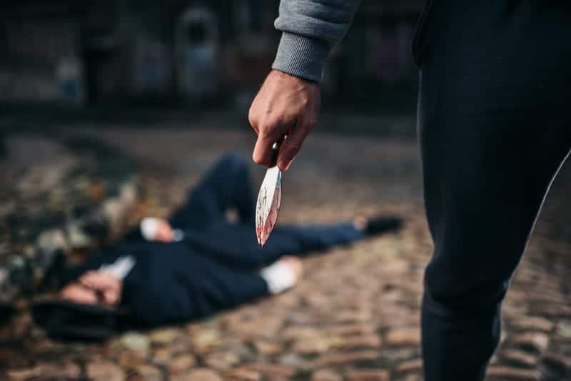 Нападение с ножом изображение
