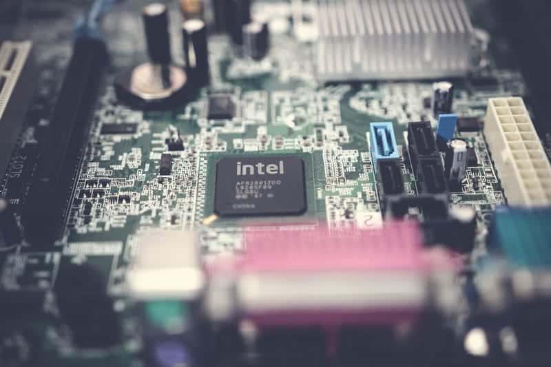 Процессор Intel фото