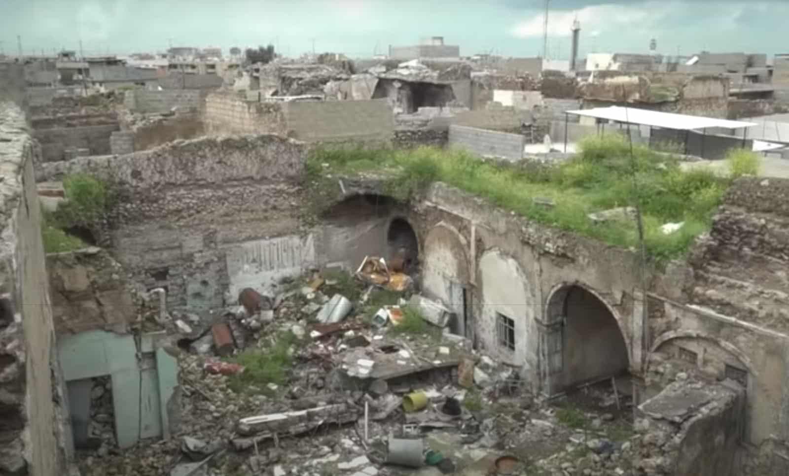Ruiny sinagogi Sasona v Mosule