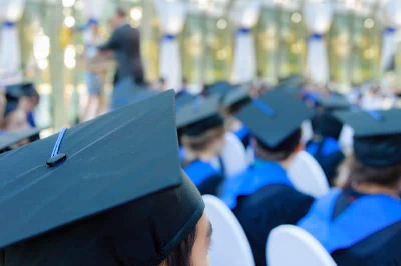 Студенты выпускной картинка