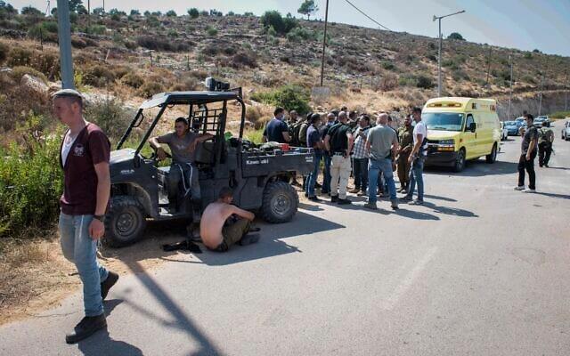 Поселенцы атаковали авто с палестинцами на территории Иудеи и Самарии